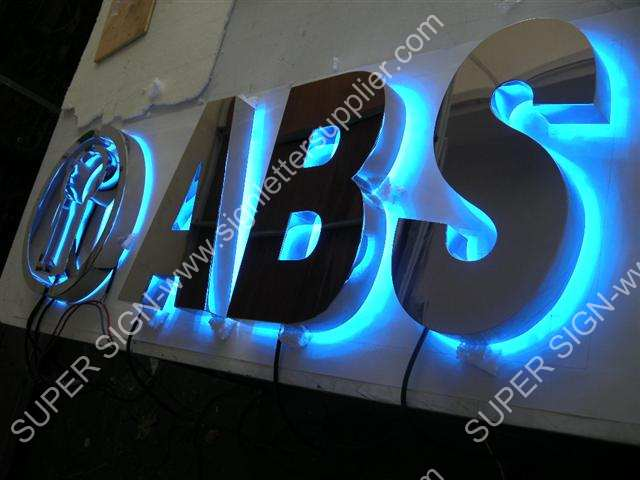 Backlit LED lettering